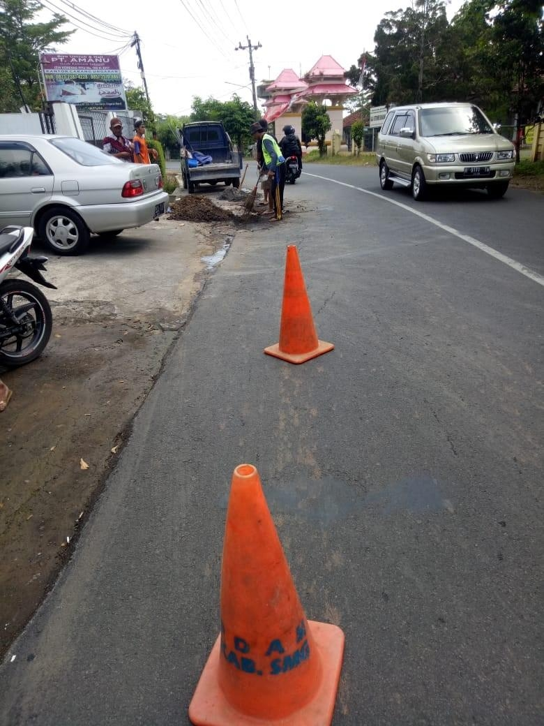Perbaikan Kebocoran di Jl. Mt Haryono Sidomulyo