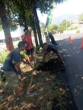 Perbaikan Pipa yang Tersumbat di Sidomulyo